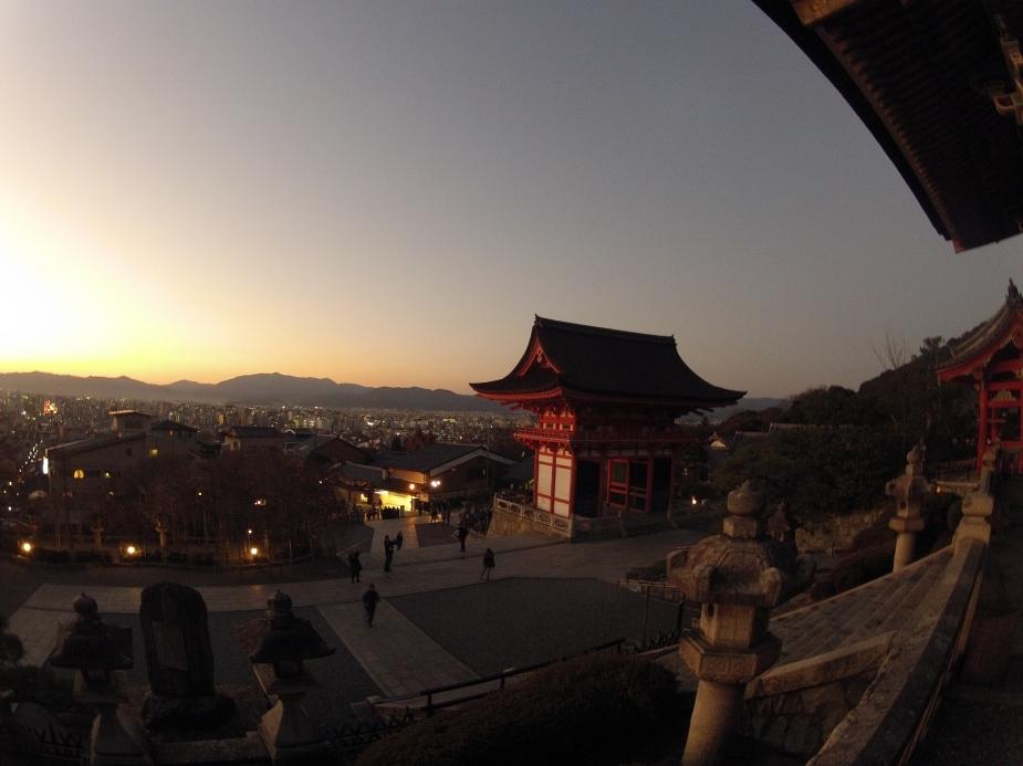 O Kiyomizu-dera - Templo budista independente no leste de Kyoto | Japão