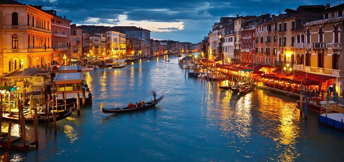 Veneza – um labirinto sobre aságuas